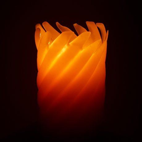 Arbutus Candle Company Beeswax 2.5×4.25 Spiral Pillar Candle Burning
